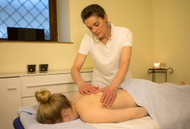 landhotel-post-galerie-massage.jpg