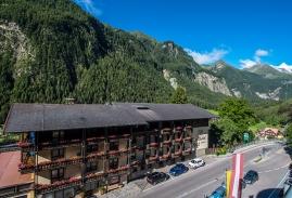 landhotel-post-galerie-hotel.jpg